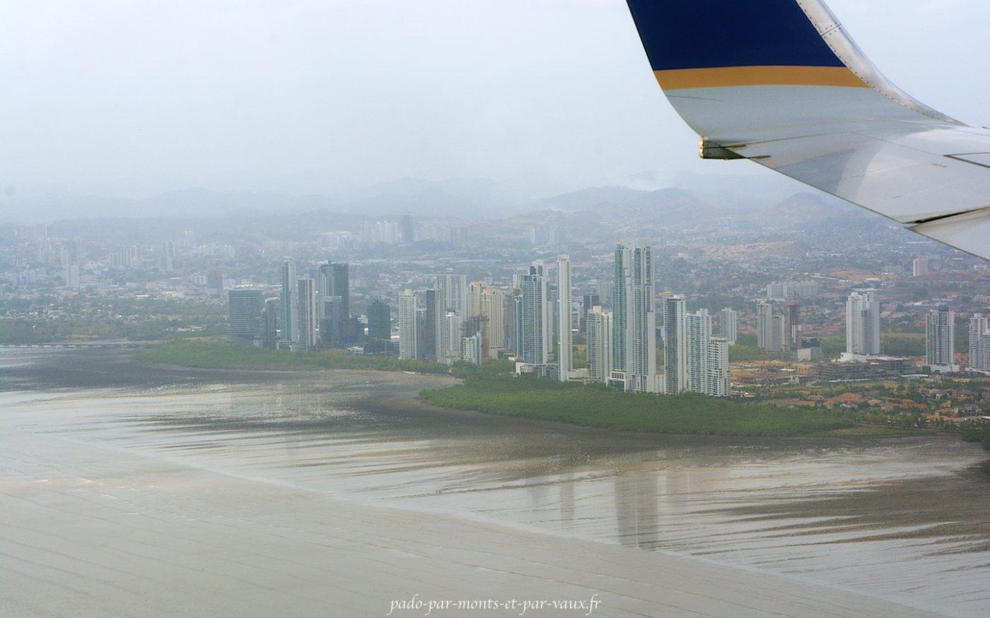 Arrivée à Panama city