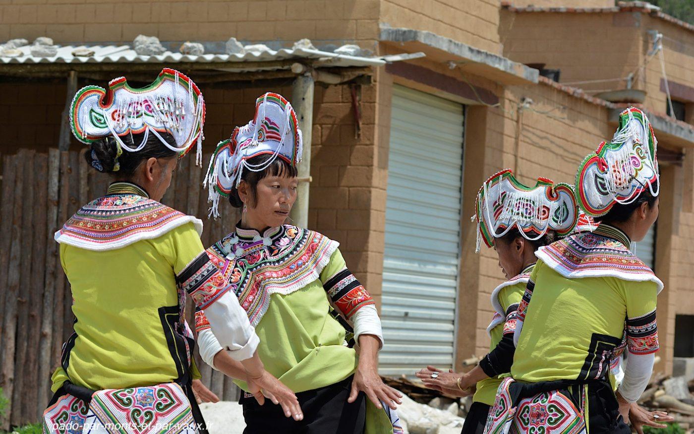 Village Yi