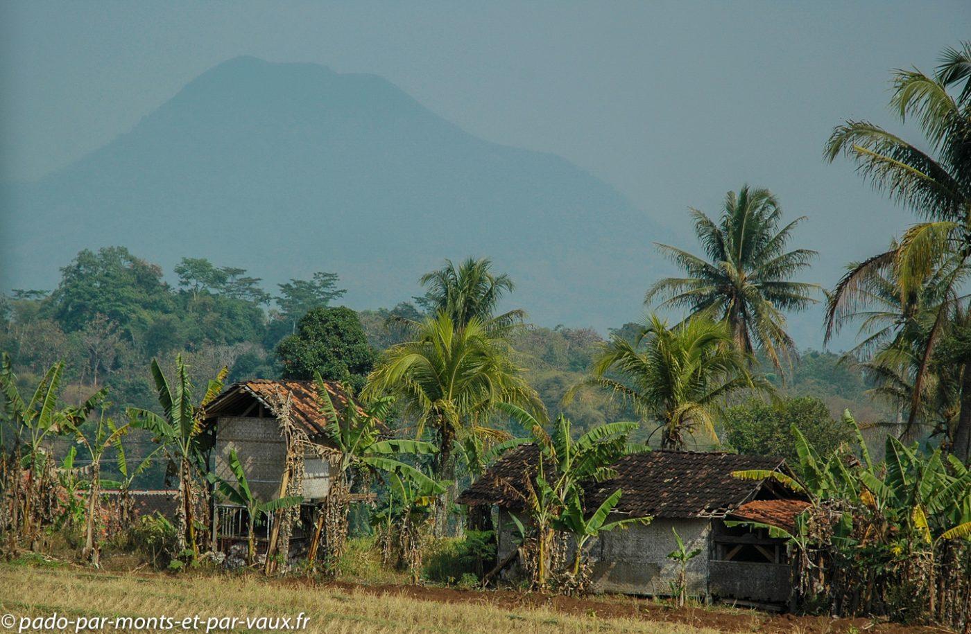 Bandung - Yogyakarta