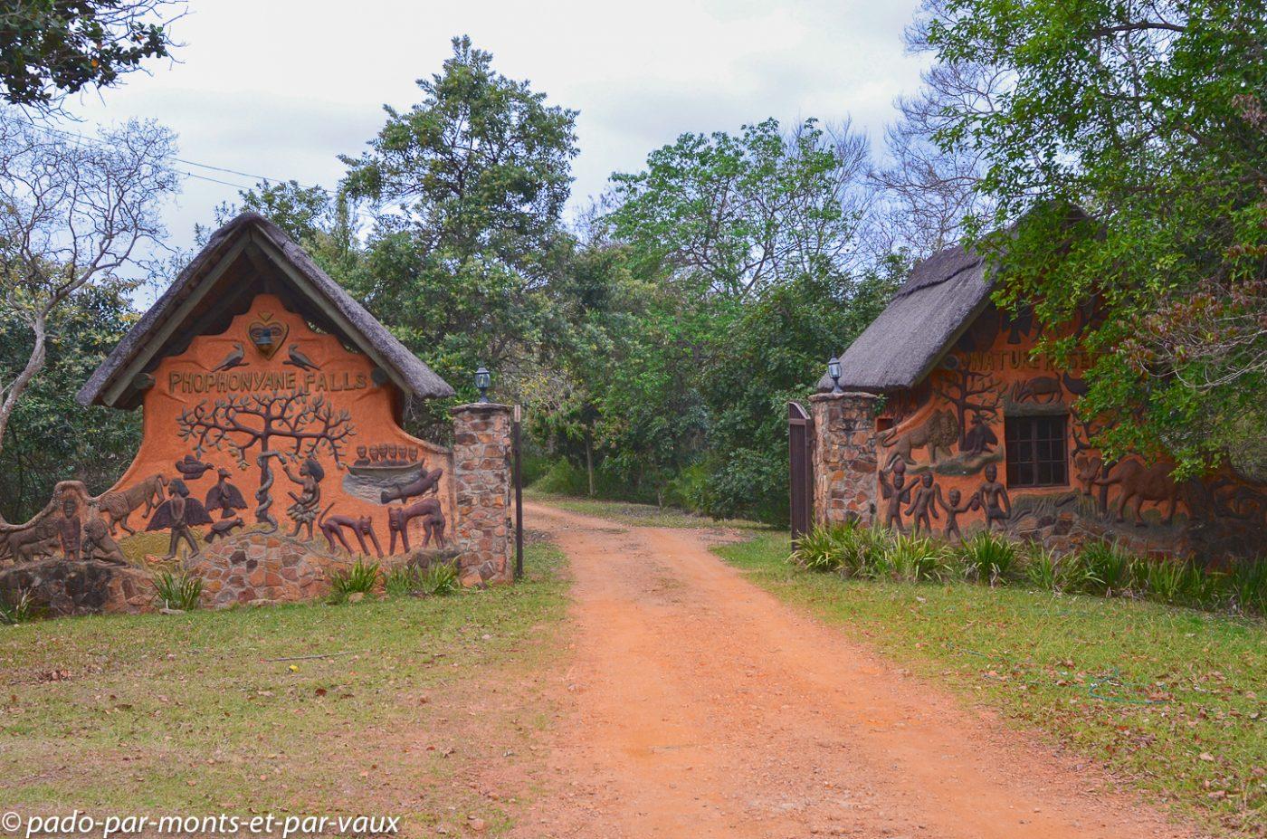 Swaziland - phophonyane falls ecolodge