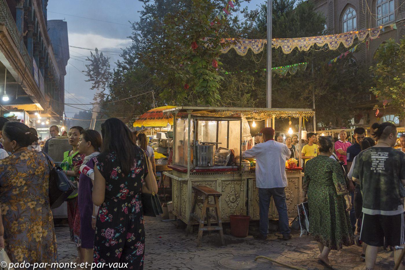 Kashgar  marché de nuit