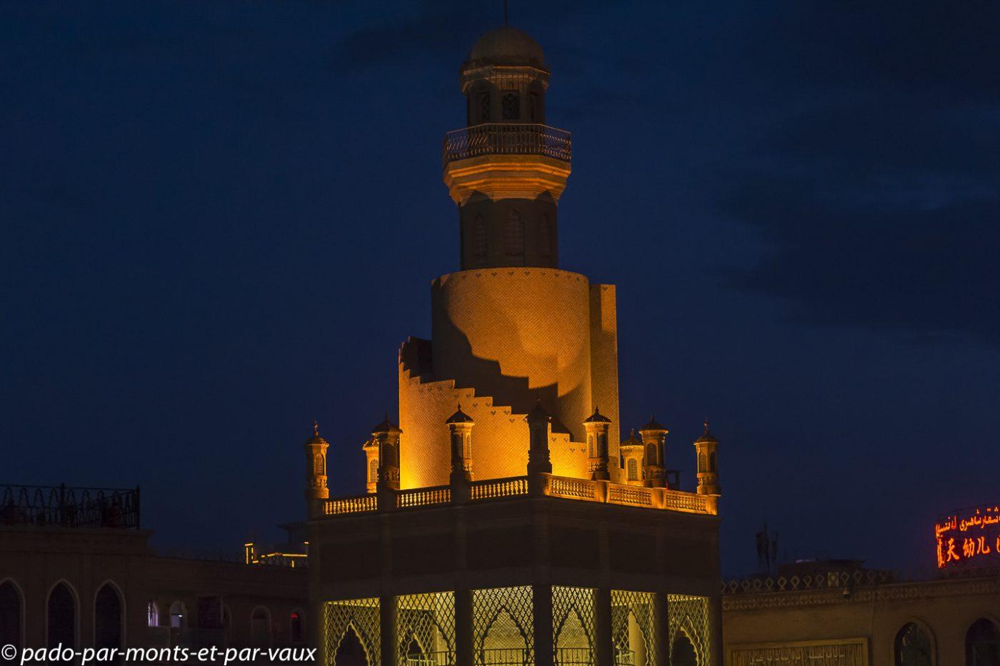 Kashgar  place de la mosquée