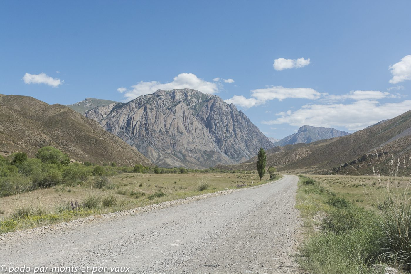 route Naryn  - Lac Son Kul