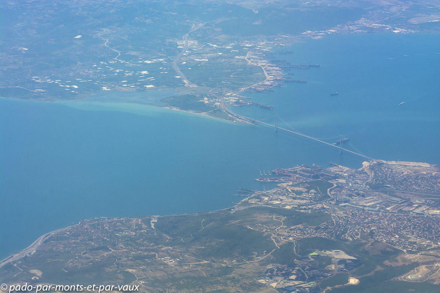 Vol Bichkek - Istanbul - Turquie - arrivée sur Istanbul