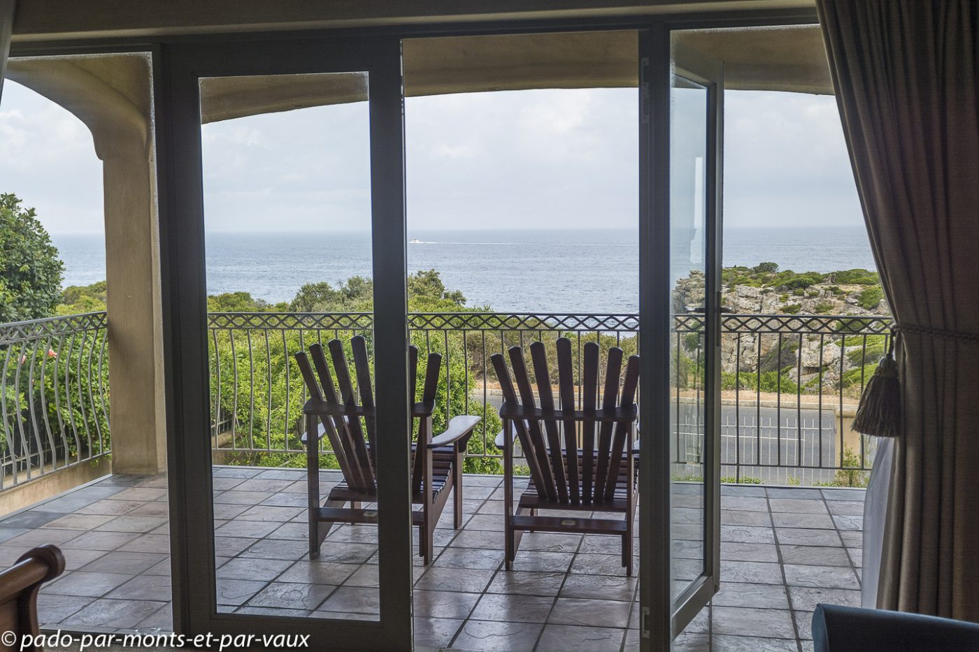 Hermanus - Guesthouse On the Cliff