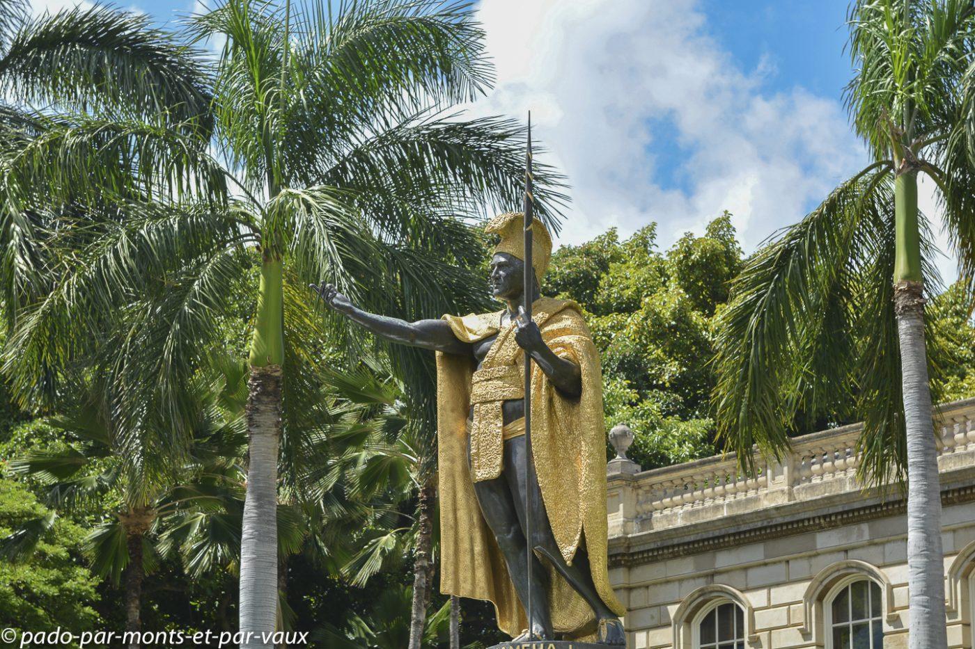 Honolulu - Downtown- statue de Kamehameha
