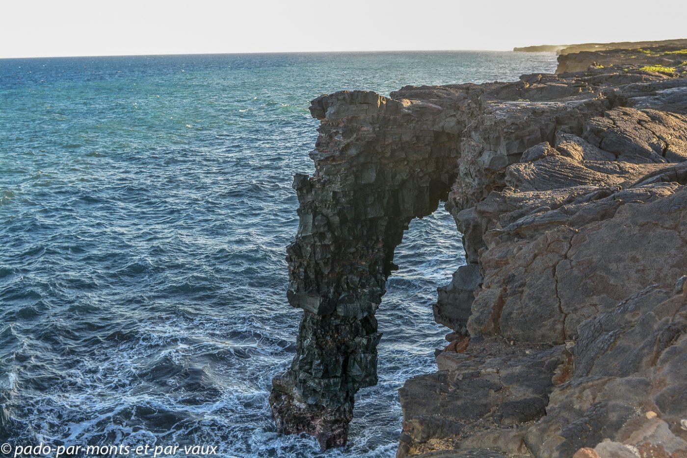 Big Island -  Holei sea arch