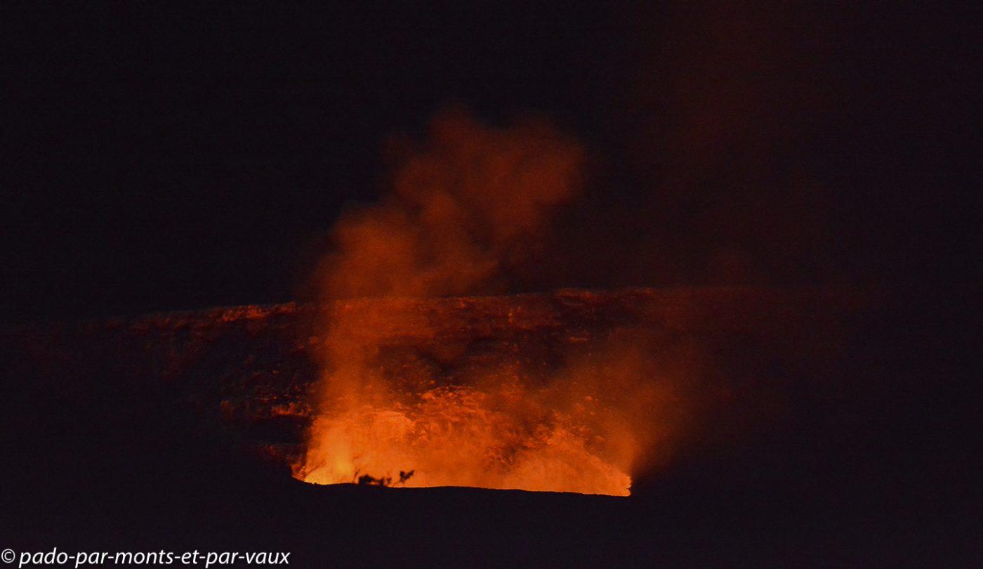 Big Island - Halema'uma'u crater