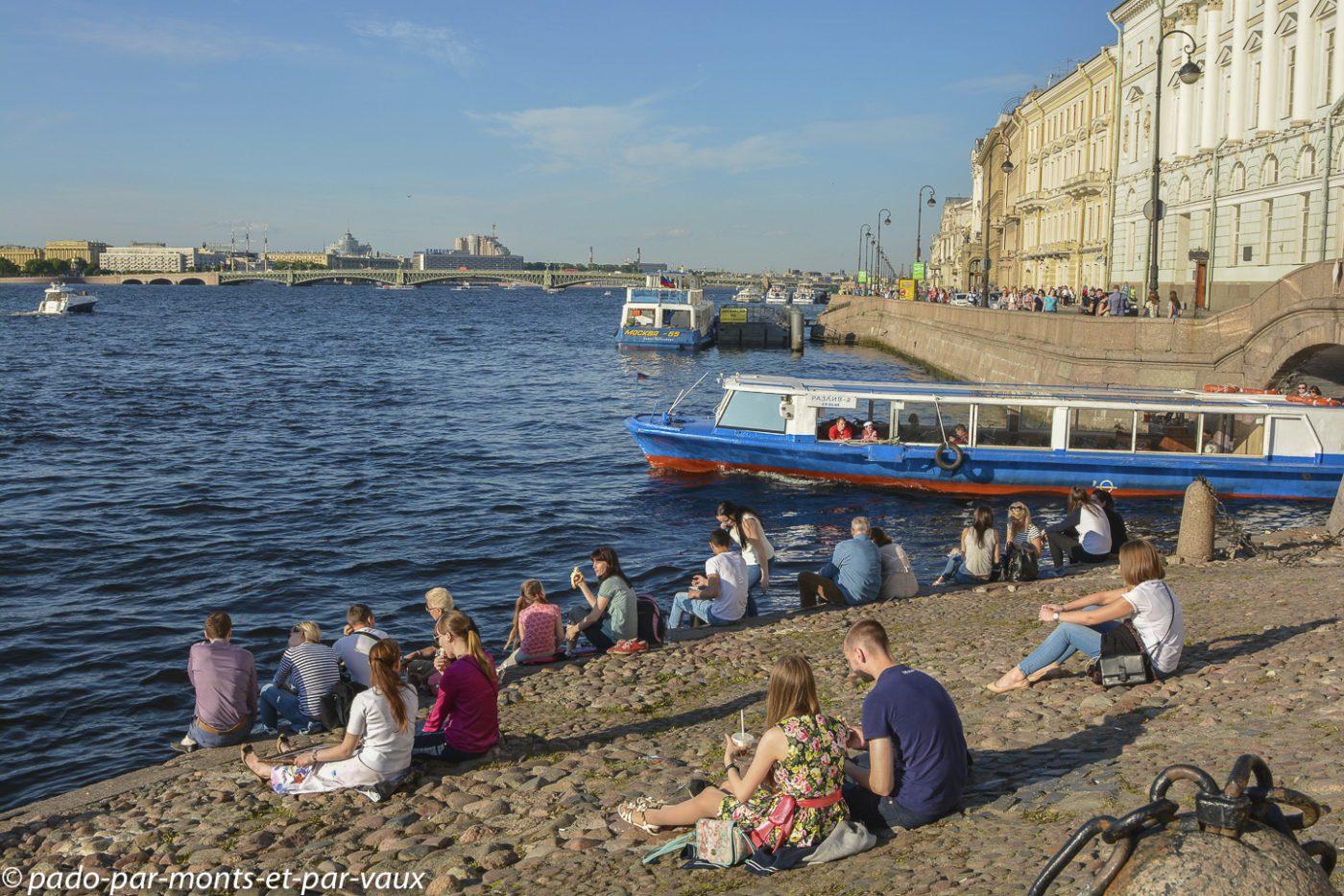 St Pétersbourg - bords de la Neva
