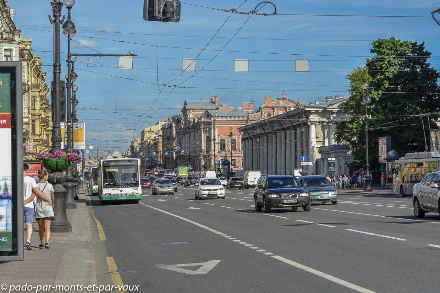 St Pétersbourg  -  Perspective Nevski