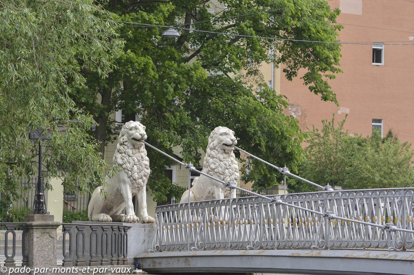 2015 - St Pétersbourg - pont des lions
