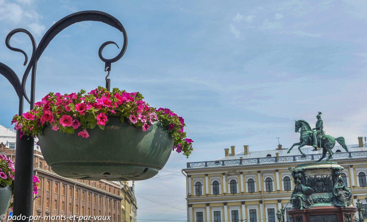 2015 - St Pétersbourg - place St Isaac
