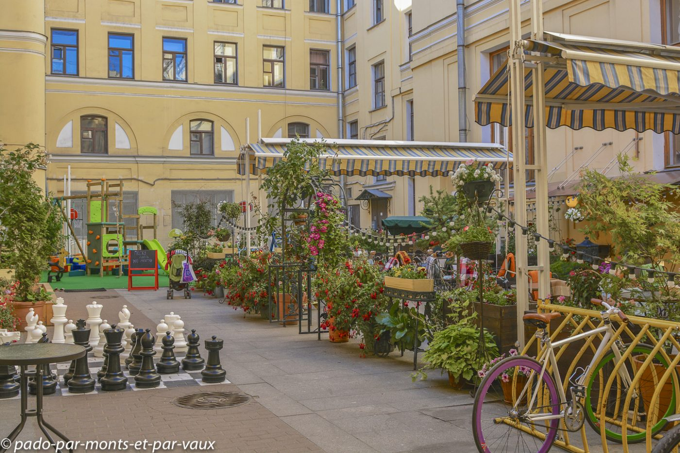 2015 - Saint Pétersbourg - Restaurant Teplo