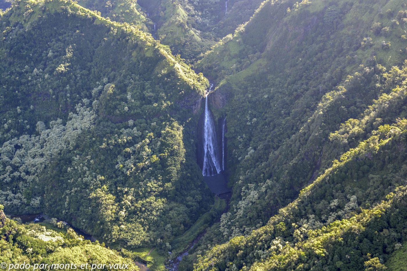 Kauai - survol de l'île - Jurassic falls