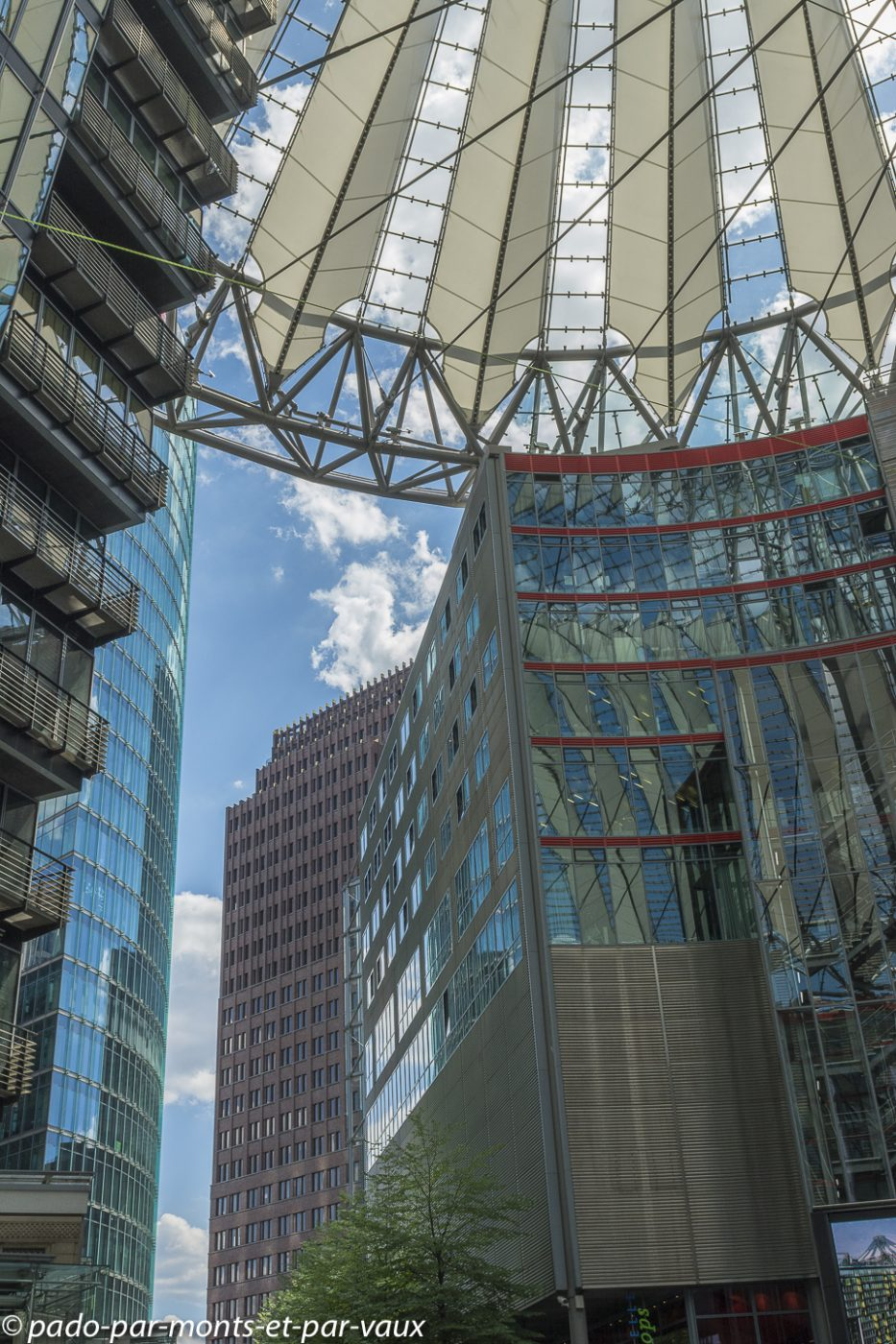 Berlin - Postdamer platz - Sony center