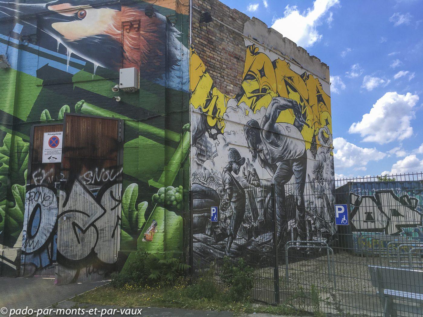 Street art Berlin - Raw Gelände