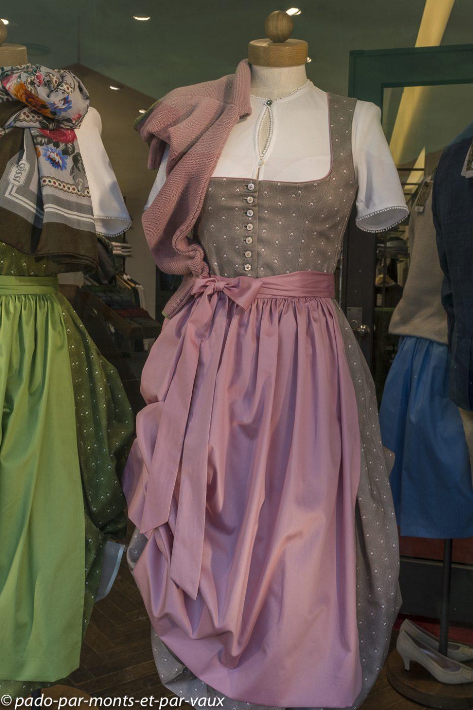 Munich -  costume bavarois