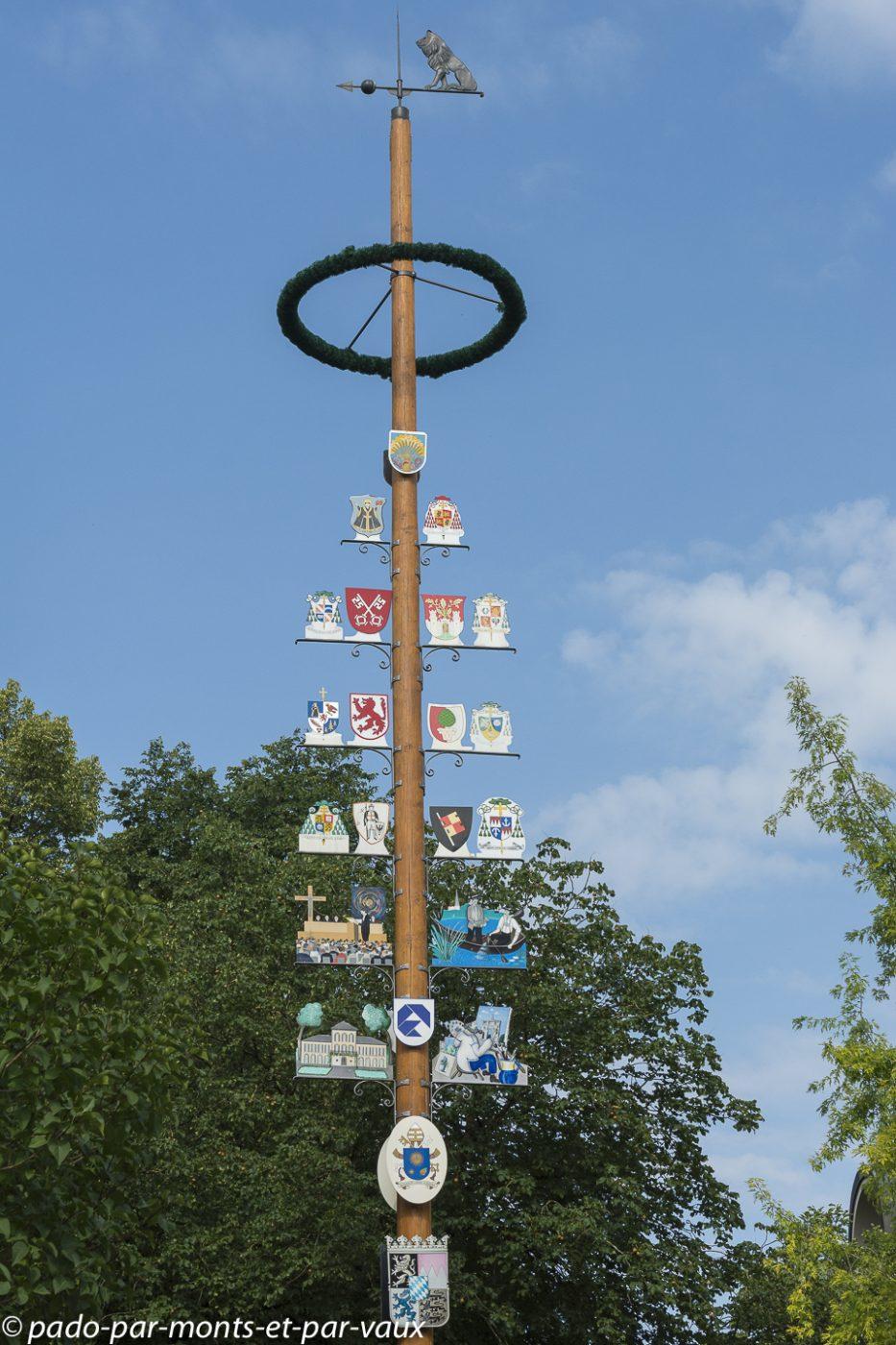 Munich - Schwabing - arbre de Mai