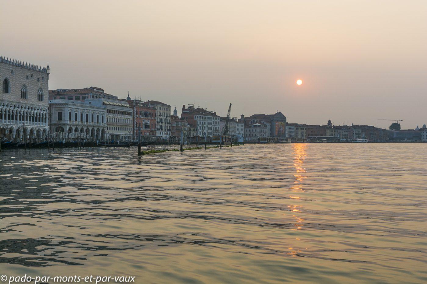 Venise - lever de soleil